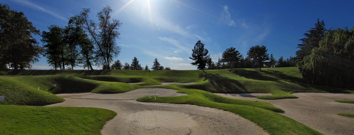 3-golf-course-.jpg