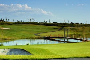 Golf_Black_Bridge_02.jpg