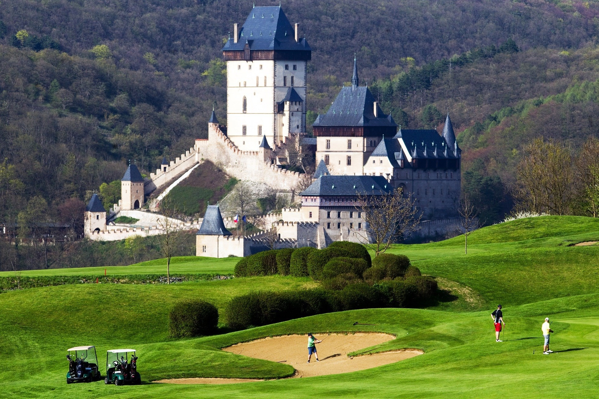 Golf_Resort_Karlstejn_01.jpg