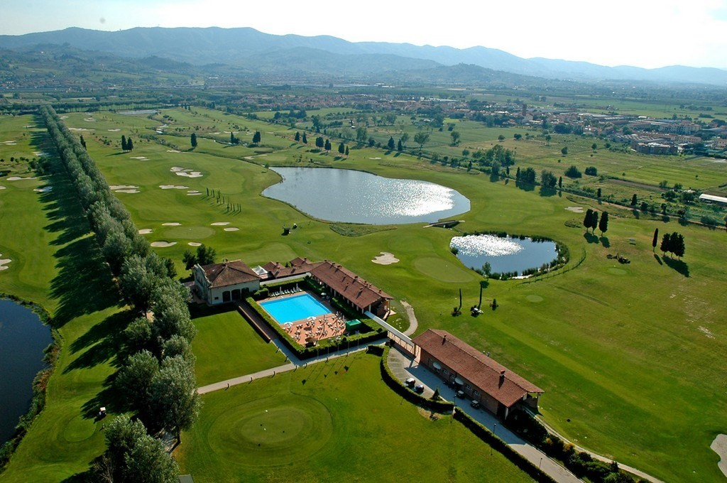 Golf & Country Club Le Pavoniere
