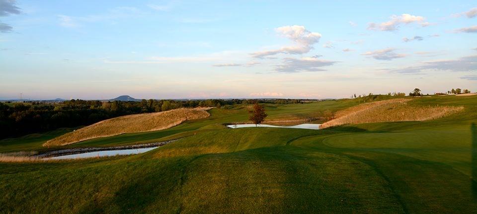 Golf_Berovice_01.jpg