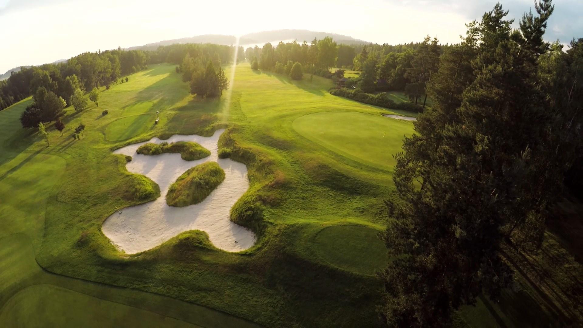 Golf_Karlovy_Vary_04.jpg
