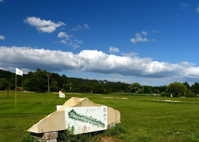 Golf_Srbsko_03.jpg
