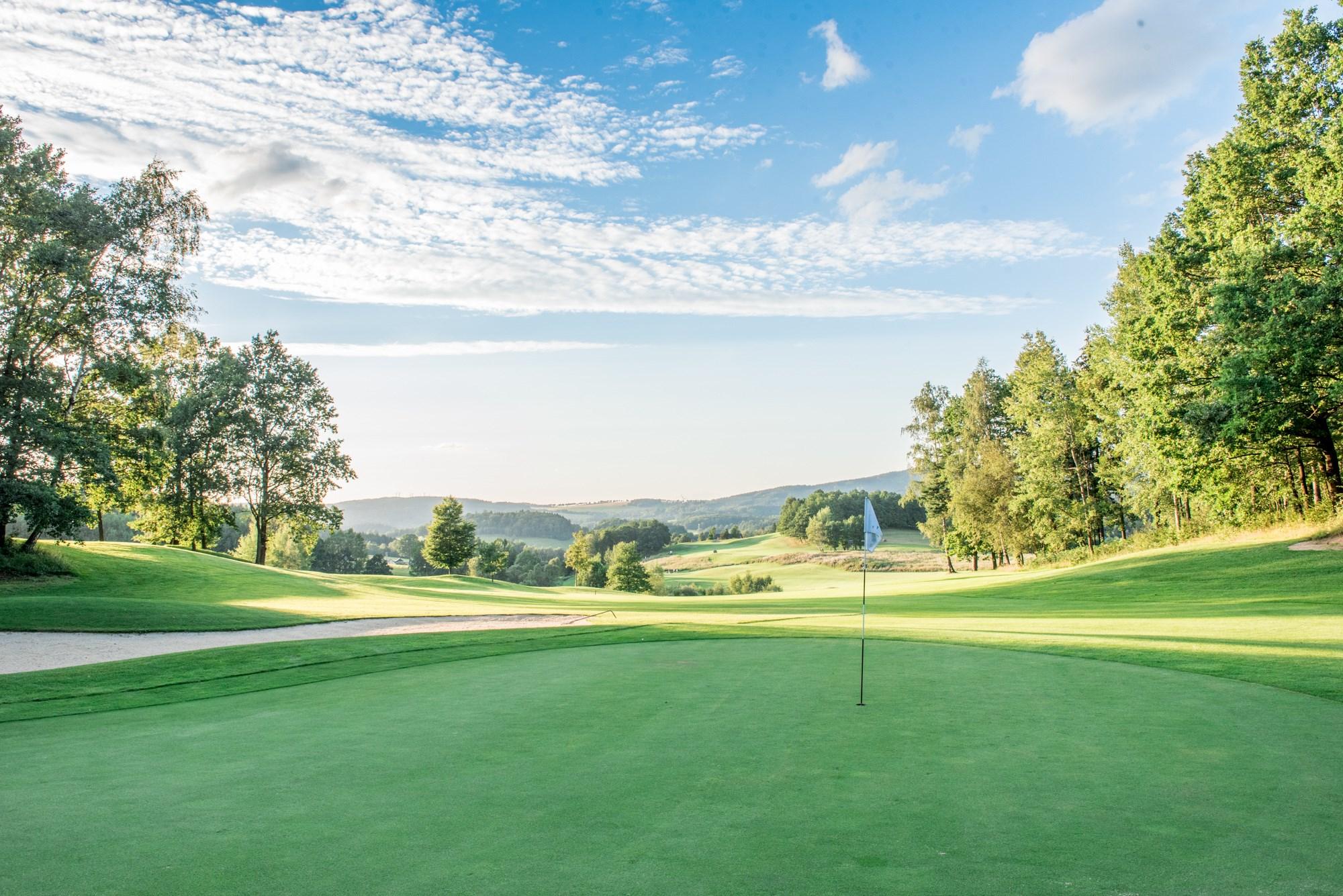 Golf_Ypsilon_03.JPG