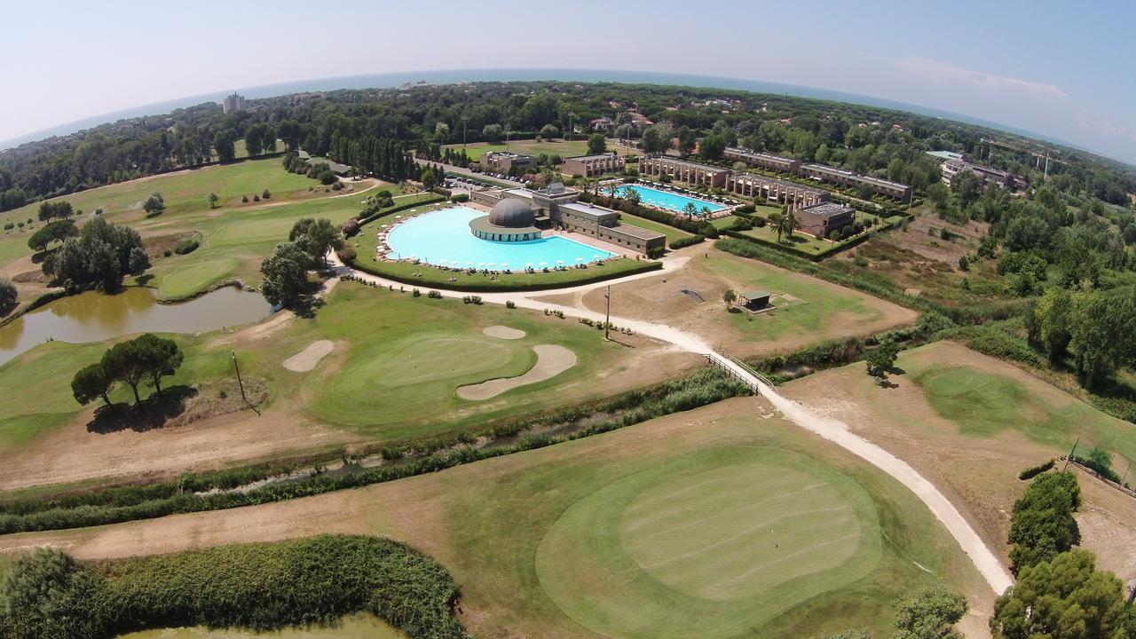 Cosmopolitan Golf & Country Club