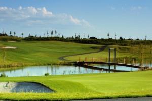 Golf_Black_Bridge_02.jpg